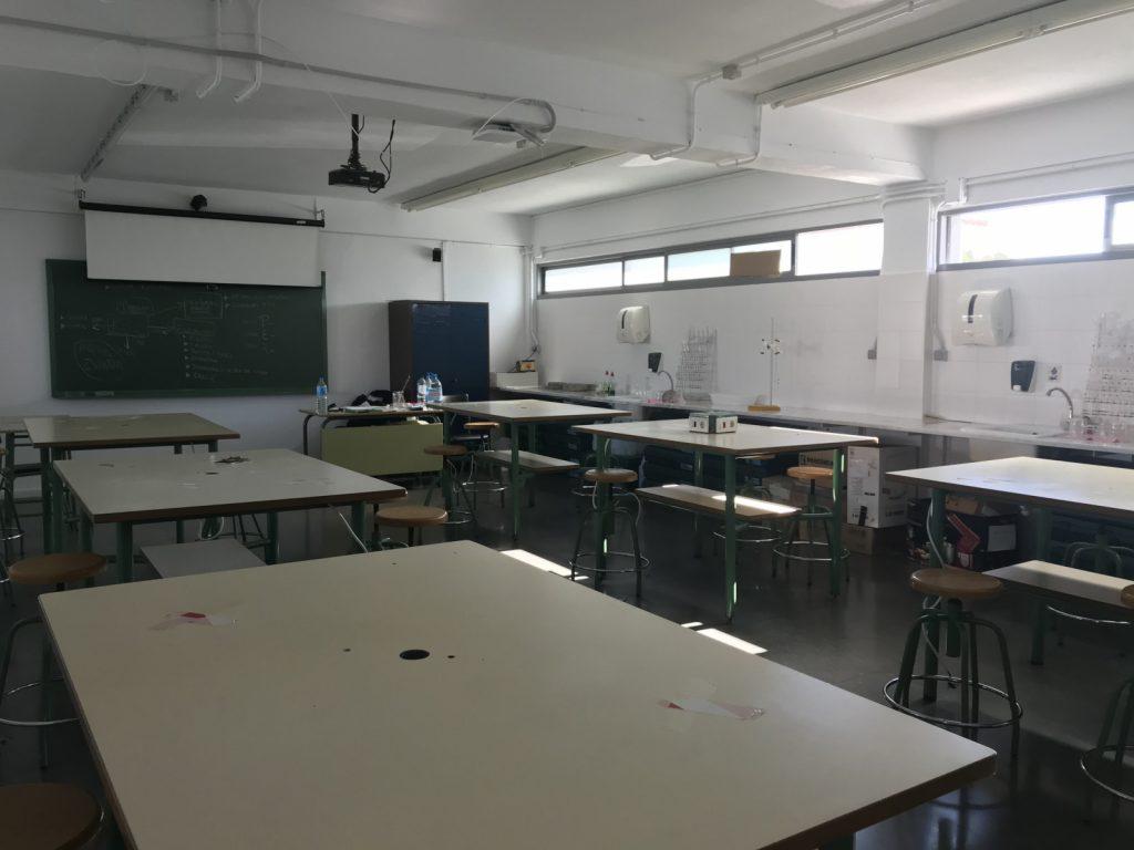 Laboratori (2)