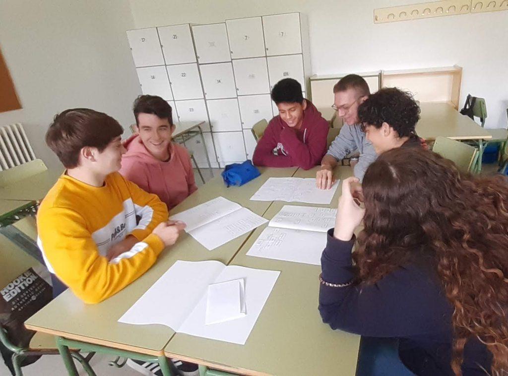 Treballant en grup (3)